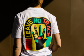 Montana Cans LEAVE NO TRACE by Matter Of T-Shirt